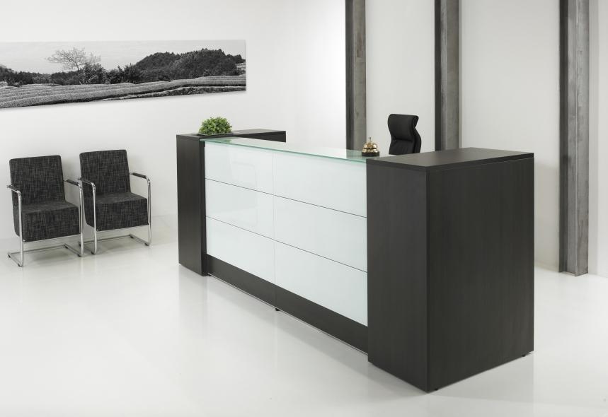 Moderne Empfangstheke Mit Glas Und Dunklem Holzdekor Eos Buromobel